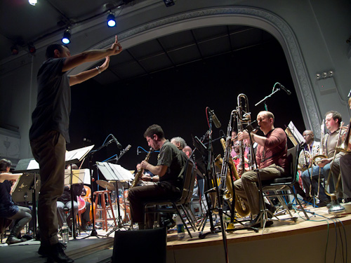 The Tri-Centric Orchestra : Ingrid Laubrock Laubrock Agora Questions of Transfiguration Vogelfrei